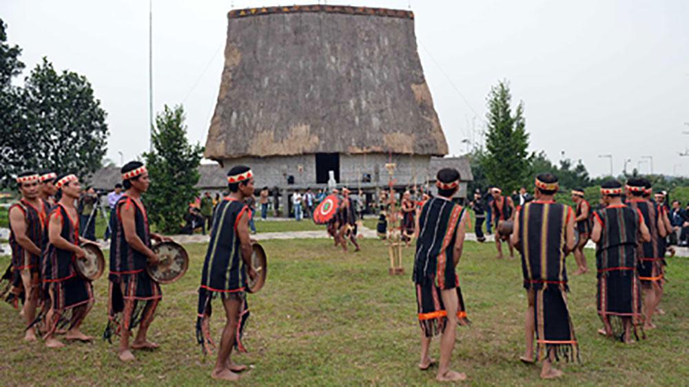 Bảo tồn giá trị văn hóa cồng chiêng ở Gia Lai